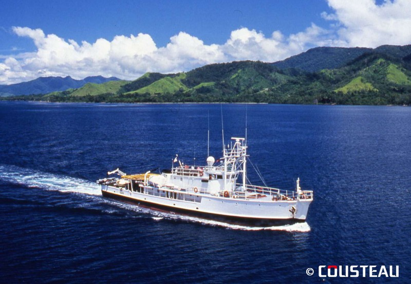 The Cousteau Society and National Geographic to make a documentary film about Captain Cousteau
